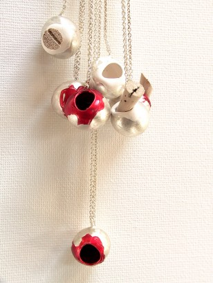 Silver, rubber, synthetic material, cork